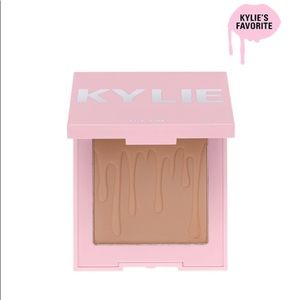 Kylie Cosmetics Makeup - Kylie Cosmetics Toasty Bronzer
